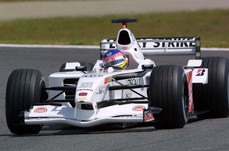 Jacques-Villeneuve-BAR-Honda-2001-7.jpg